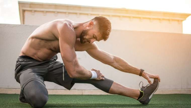 Muscle Care: Stretches for Before and After Your Workout